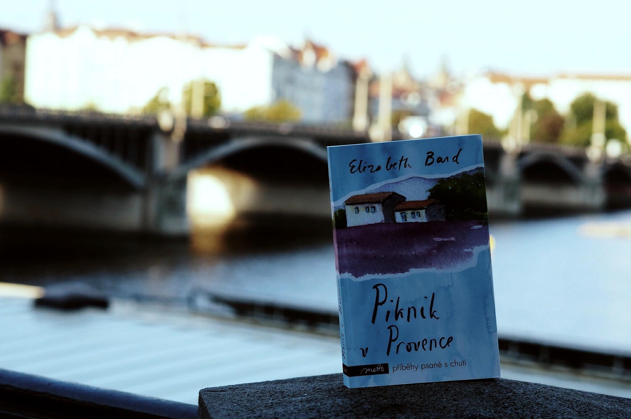 LookBook #35: Letní rána s knihou v ruce